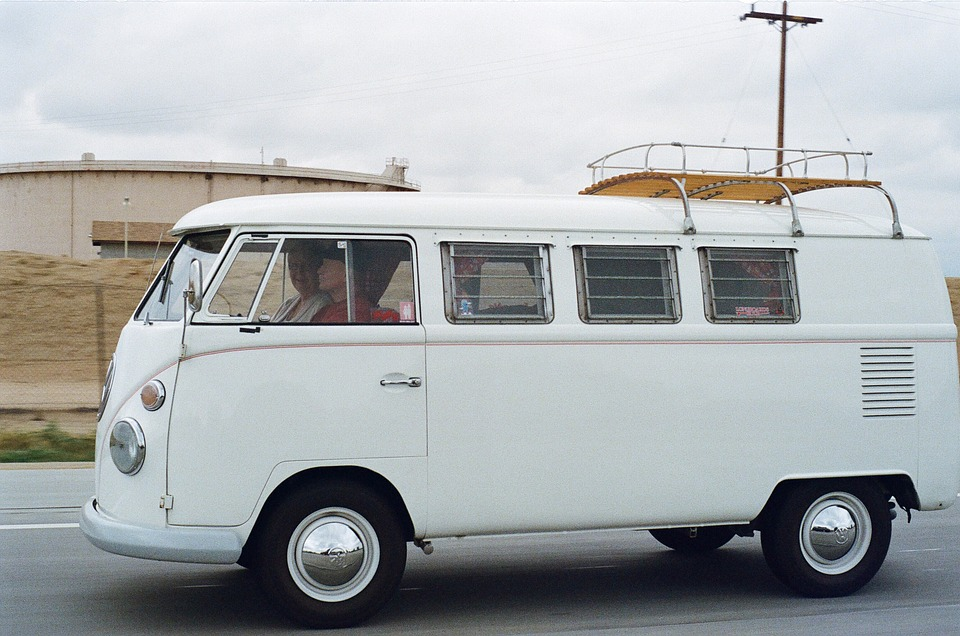 The Best Ways to Save Money on Minibus Insurance